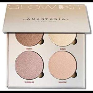 Anastasia Glow Kit Sun Dipped Highlighting Palette